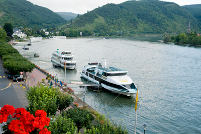 Saskatoonberry Tales' Jigsaw #001:  Boppard - View of the Rhine